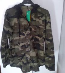 Nova vojaska jakna,oversize hm / XS