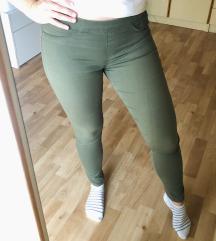 hlače bershka