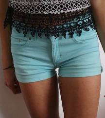 Modre kratke hlače