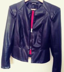 Črna poletna jakna