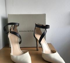 Banana republic čevlji