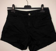 H&M črne kratke hlače