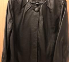 Elegantna crna usnjena jakna