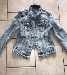 Jeans jakna (mpc 40€)