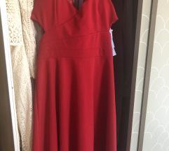 Prodam rdečo oblekico