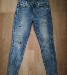 Jeans hlače st. 36