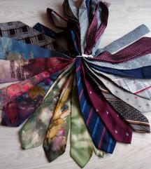 Komplet 17 kravat