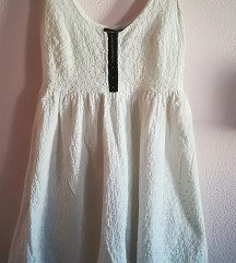 Romantična bela obleka