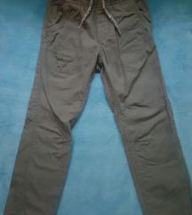 Športne hlače vel.116