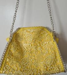 rumena čipkasta torba