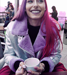 Srebrno violična jakna
