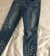 Svetle jeans hlače s perlicami Zara št. 40