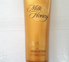 Oriflame hand scrub / piling za roke