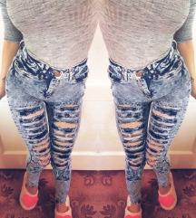 AKCIJA skinny jeans