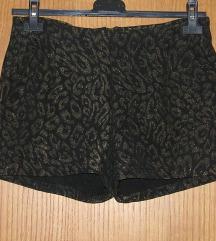 Nove hlače, kratke