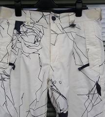 O´NEIL št. 42 smučarske borderske hlače