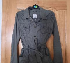 Tanka olivno zelena jakna