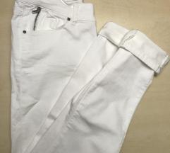NOVE bele 7/8 jeans hlače