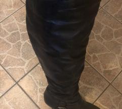 Novi usnjeni škornji 39
