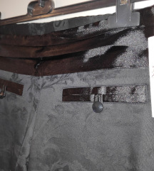 Nove original hlače JLo mpc60€