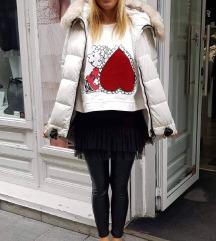 Bela zimska bunda jakna