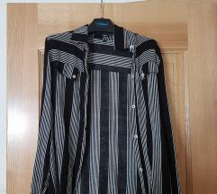 Črtasta srajca