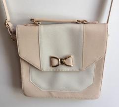 Roza - bela torbica