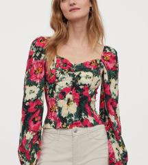KUPIM pulover/bluzo