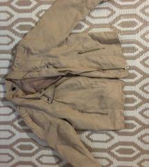 Prehodna bež jakna