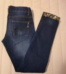 Jeans s kamencki