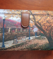 Torbica oziroma velika denarnica s pasom