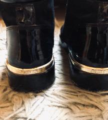 Guess ženski čevljj(z ptt)