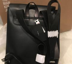 Nov nahrbtnik Zara