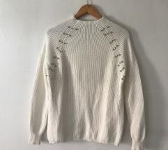 Bel pulover NOVO