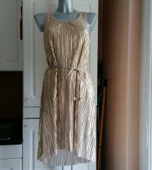 Plisirana zlata obleka - NOVA