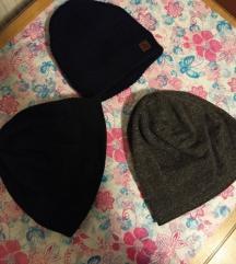 3x moška kapa :)