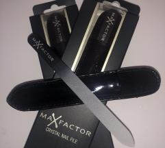 Steklena pilica MAX FACTOR