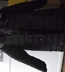 črn plašč