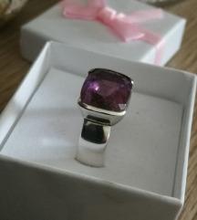 Masivni srebrni prstan