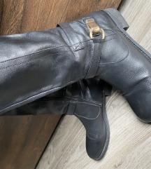 Usnjeni škornji Buffalo London
