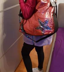 Bordo rdeca torbica
