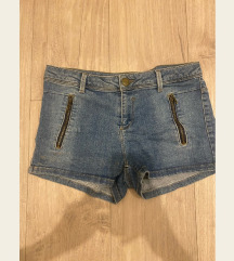 Kratke jeans hlace Bershka