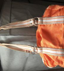 Nova oranžna torbica