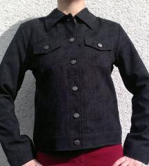 Nova črna jaknica