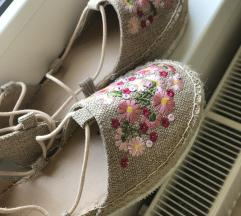 embroidery espadrilles