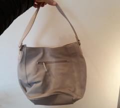 Nova bež torbica
