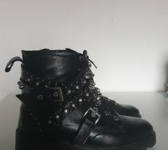 Škornji ZARA bulerji