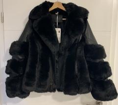 Usnjena jakna z krznom Nova