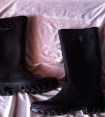 dežni visoki črni  škornji,39