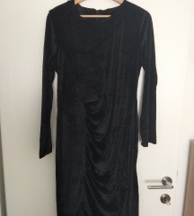 Velvet obleka